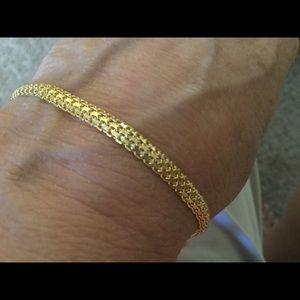 Jewelry - DAINTY 14K GOLD BRACELET